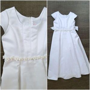 Other - Girl's flower girl white full length satin gown